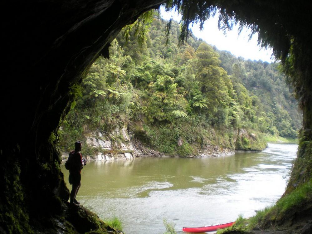 пещера на реке Вангануи