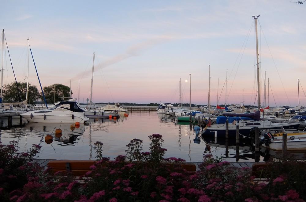 озеро в Вестеросе, Швеция